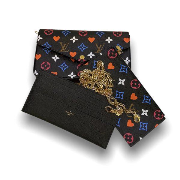 Louis Felicie game on Pochette black